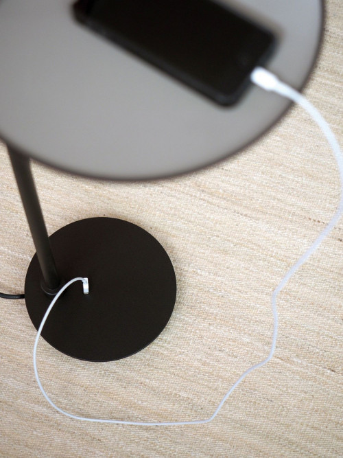 Bover Drip P/131 Leuchtenfuß mit USB-Anschluß