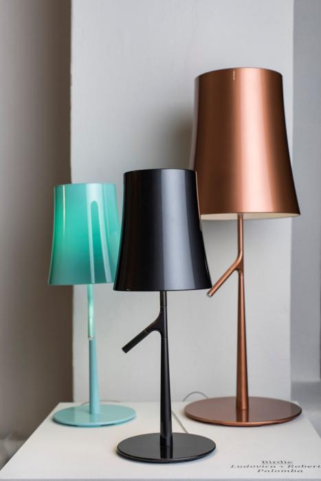 Foscarini Birdie LED Piccola Tavolo aquamarin und graphit, Grande Kupfer
