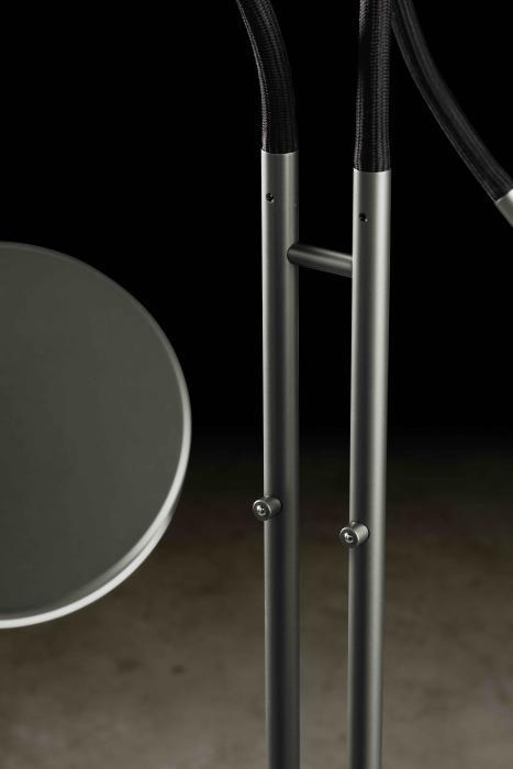 Holtkötter Flex Twin Version 8 Platin, Armfarbe schwarz, Leuchtenstäbe mit Tastdimmer