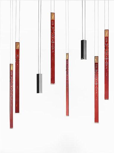 Ingo Maurer Flying Flames Set 2 Elemente rot und Downlights schwarz
