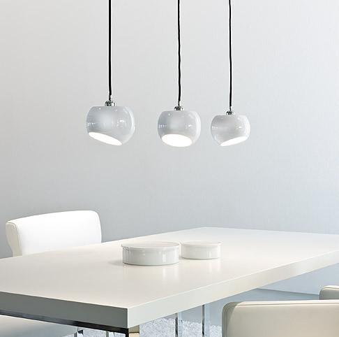 licht im raum white moons 3 pendelleuchte pendelleuchten im designleuchten shop wunschlicht. Black Bedroom Furniture Sets. Home Design Ideas