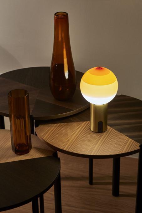 Marset Dipping Light Portable bernstein, Fuß Messing