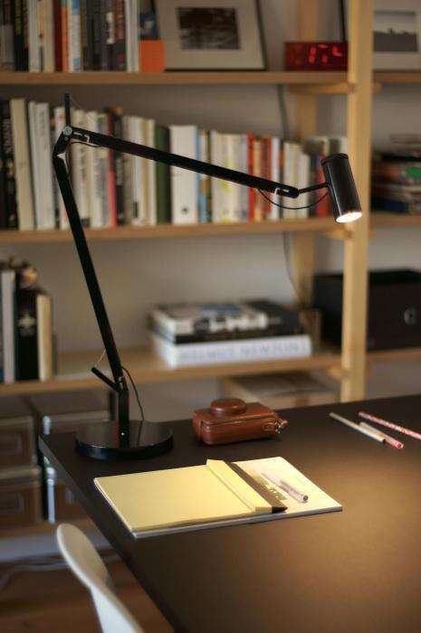 Marset Polo Table mit Tischfuß schwarz