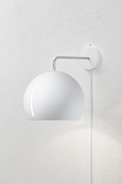 Nyta Tilt Globe Wall weiß mit Kabel weiß