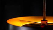 Anta Afra Pendelleuchte schwarz innen gold (von oben)